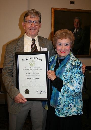 Photo of Dr. Loudon with Sheila Klinker