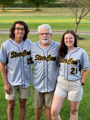 Dr. Steve Scott with students