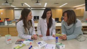 Dr. Hudmon with Pharmacy Students
