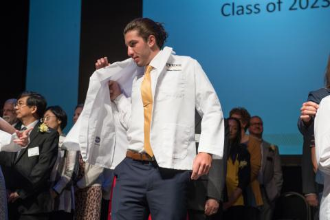 Photo of white coat ceremony 2019
